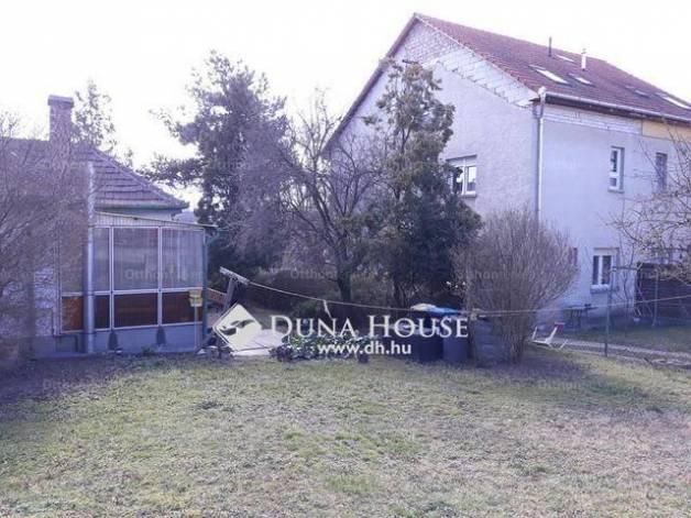 Eladó 1+1 szobás családi ház, Árpádföldön, Budapest