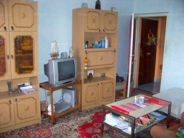 Eladó 1+2 szobás lakás Nyíregyháza