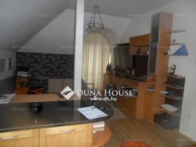 Kiadó lakás Székesfehérvár, 2+1 szobás