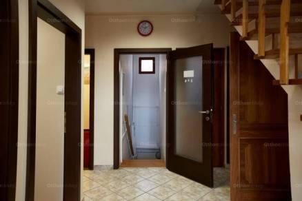 Eladó családi ház Pécsvárad, 7 szobás