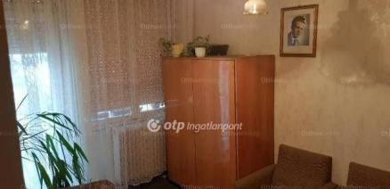 Budapesti lakás eladó, 68 négyzetméteres, 2+1 szobás