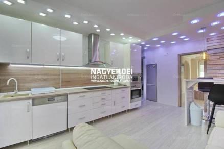 Debreceni lakás kiadó, 60 négyzetméteres, 3 szobás