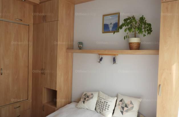 Eladó lakás Budapest, Kaszásdűlő, Gyógyszergyár utca, 1+2 szobás