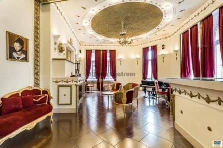 Budapesti albérlet, Palotanegyed, 2 szobás