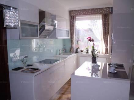 Hajdúszoboszló 7 szobás családi ház eladó