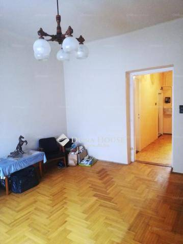 Eladó lakás Alsórákoson, XIV. kerület, 1 szobás