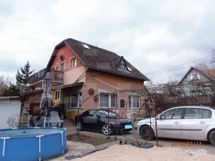 Budaörsi eladó családi ház, 5 szobás, 160 négyzetméteres