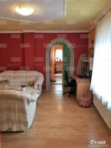 Eladó 5 szobás családi ház Budaörs