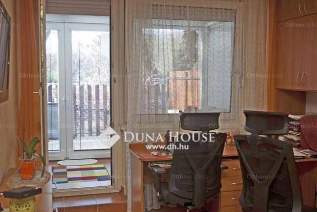 Eladó 1+1 szobás lakás Rómaifürdőn, Budapest, Nánási út