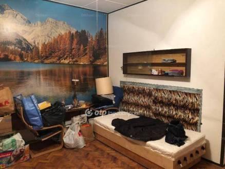 Budapesti lakás eladó, Belső-Ferencvárosban, 2 szobás