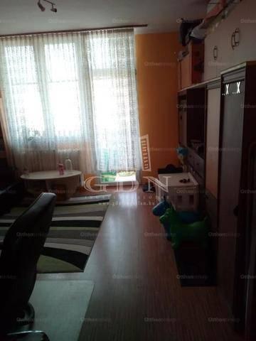 Tatabányai kiadó lakás, 2 szobás, 52 négyzetméteres