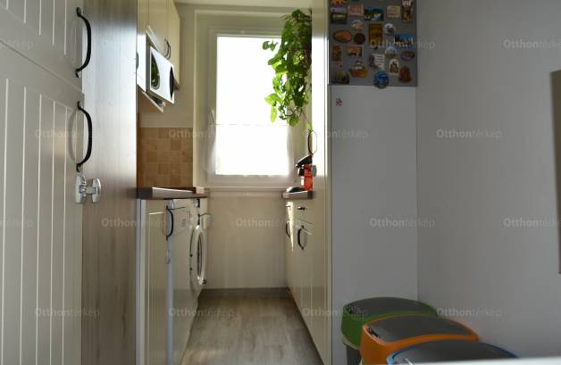 Eladó lakás Budapest, Rómaifürdő, Amfiteátrum utca 21., 2 szobás