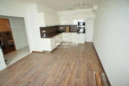 Soproni kiadó lakás, 2 szobás, 52 négyzetméteres