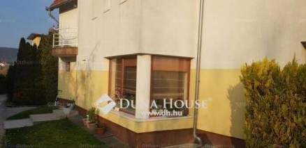 Budapesti lakás eladó, Széphalmon, Bujdosó köz, 4+1 szobás
