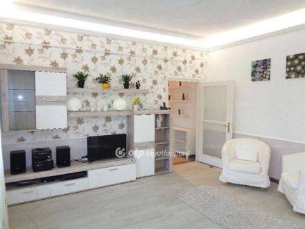 Budapesti lakás eladó, 50 négyzetméteres, 1 szobás