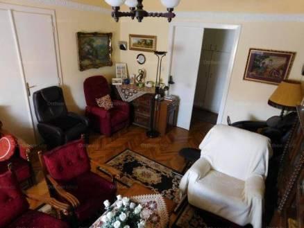 Lakás eladó Pécs, 100 négyzetméteres