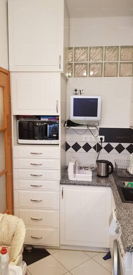Eladó lakás Németvölgyben, a Szoboszlai utcában, 1+1 szobás