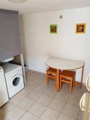 Pécs 1 szobás lakás kiadó