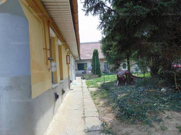 Lakás kiadó Pécs, 40 négyzetméteres