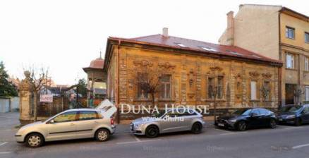 Győr 6 szobás házrész eladó