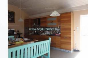 Új Építésű eladó nyaraló Hajdúszoboszló, 2 szobás