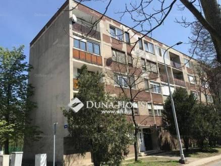 Eladó lakás Tatabánya, Cseri lakótelep, 2 szobás