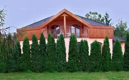 Marcali eladó ház, 3+2 szobás, 240 négyzetméteres
