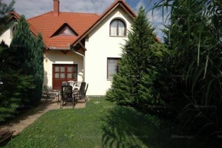 Balatonszentgyörgy 6 szobás családi ház eladó