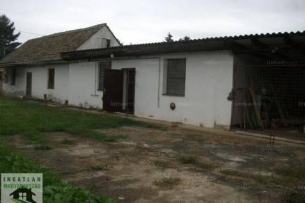 Eladó, Udvar, 4 szobás