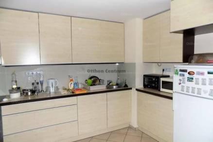 Eladó 3 szobás lakás Győr