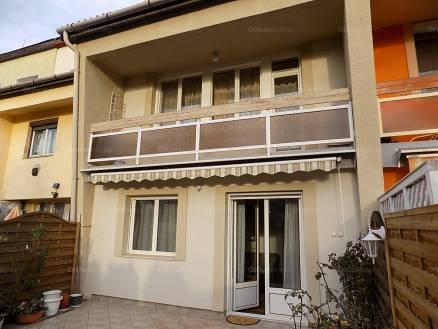 Egeri sorház eladó Hild József utca 9-ben, 138 négyzetméteres