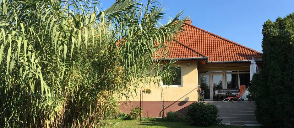 Eladó családi ház Budapest, Rákoskeresztúr, Felsőbánya utca, 6+3 szobás