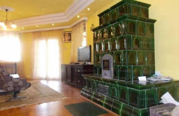 Eladó 5 szobás családi ház Békéscsaba