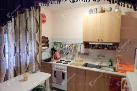 Sarudi eladó családi ház, 4 szobás, 90 négyzetméteres