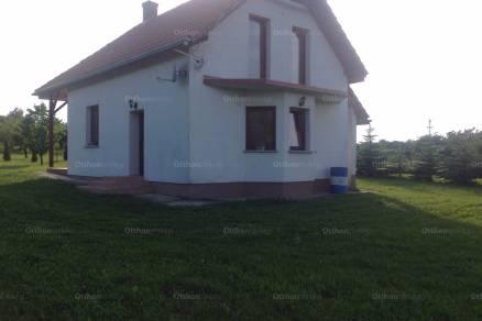 Celldömölki eladó családi ház, 2 szobás, Ság hegy 3-ban