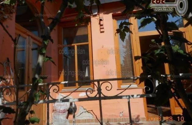 Budapesti házrész eladó, Kispest, 2 szobás