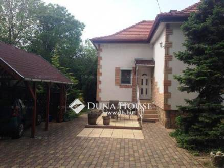 Budapest eladó családi ház Lónyaytelepen a Gyöngyvirág utcában, 112 négyzetméteres