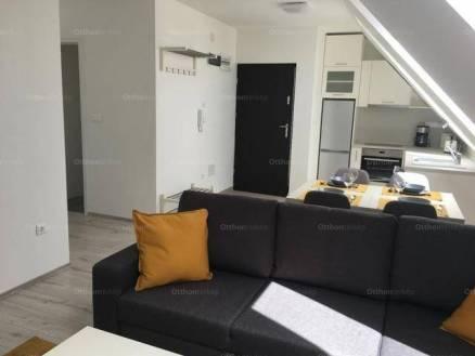 Pécsi lakás kiadó, 57 négyzetméteres, 1+2 szobás