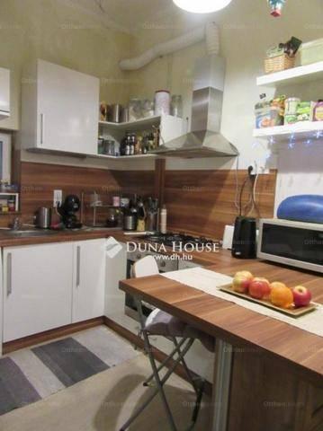 Budapesti lakás eladó, Ferencvárosi rehabilitációs területen, 2 szobás