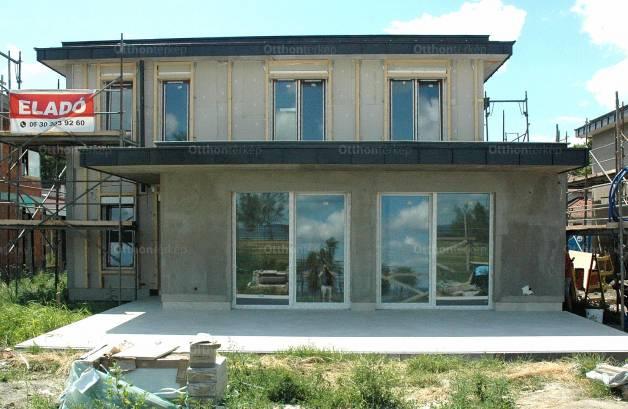 Új Építésű eladó ikerház Zamárdi, 5 szobás