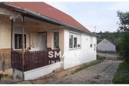 Alsómocsolád családi ház eladó, 4 szobás