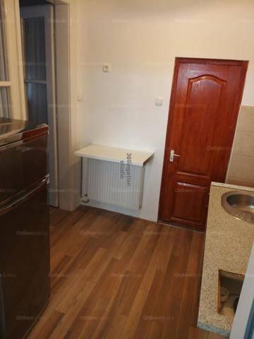 Eladó 1 szobás Debrecen a Virág utcában