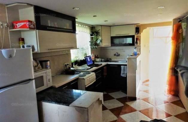 Oroszlány eladó családi ház