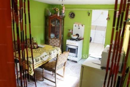Eladó 3 szobás családi ház Hatvan a Traktor utcában