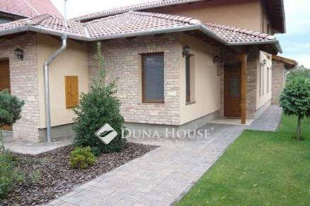 Budapest eladó családi ház, Szent Imre-kertváros, 280 négyzetméteres