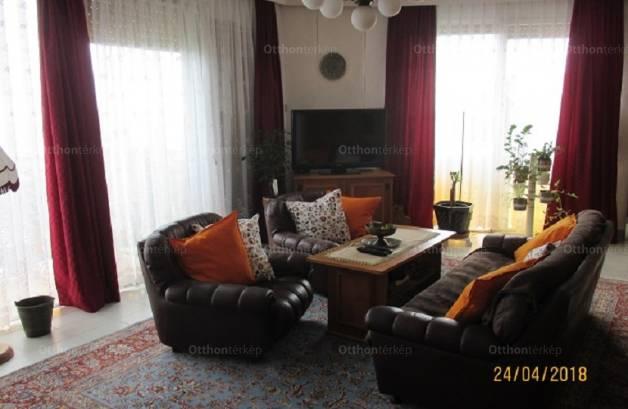 Eladó lakás Kissvábhegyen, 3+1 szobás