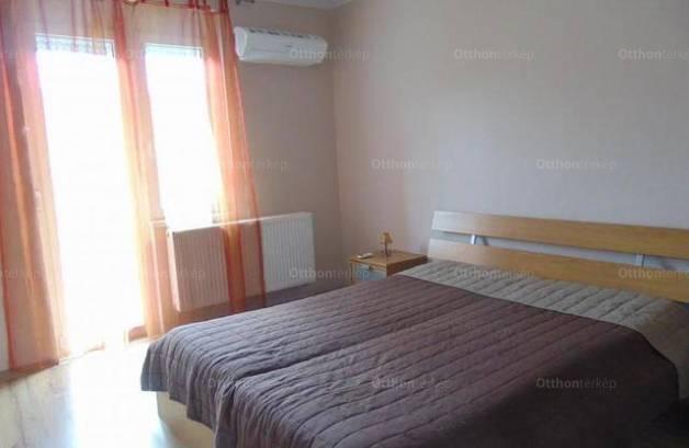 Kiadó lakás Pécs, 2 szobás