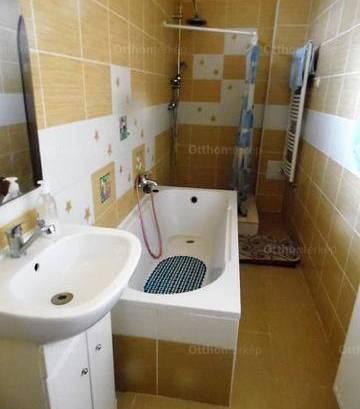 Eladó, Polgárdi, 3 szobás