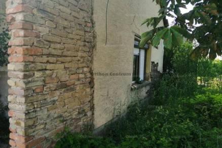 Családi ház eladó Perkáta, 40 négyzetméteres