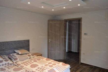 Siófok 7 szobás nyaraló eladó
